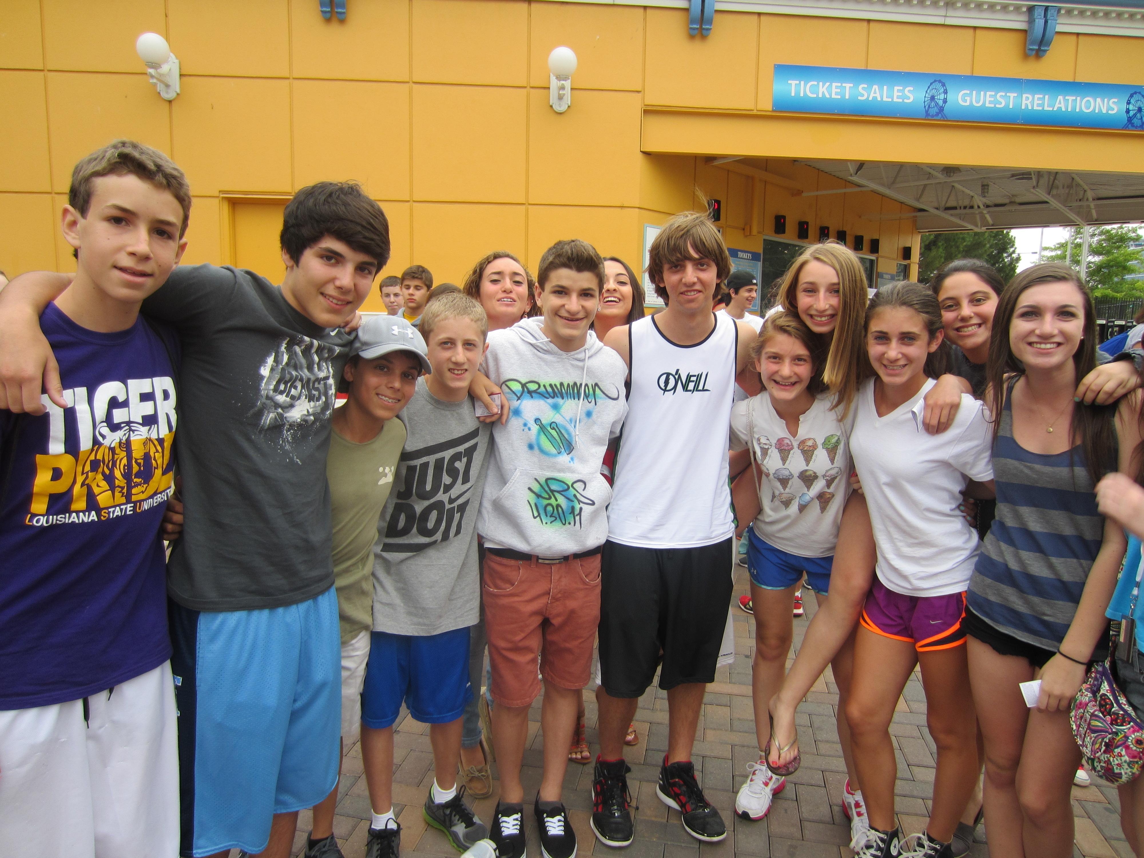 Community Service Teen Tour