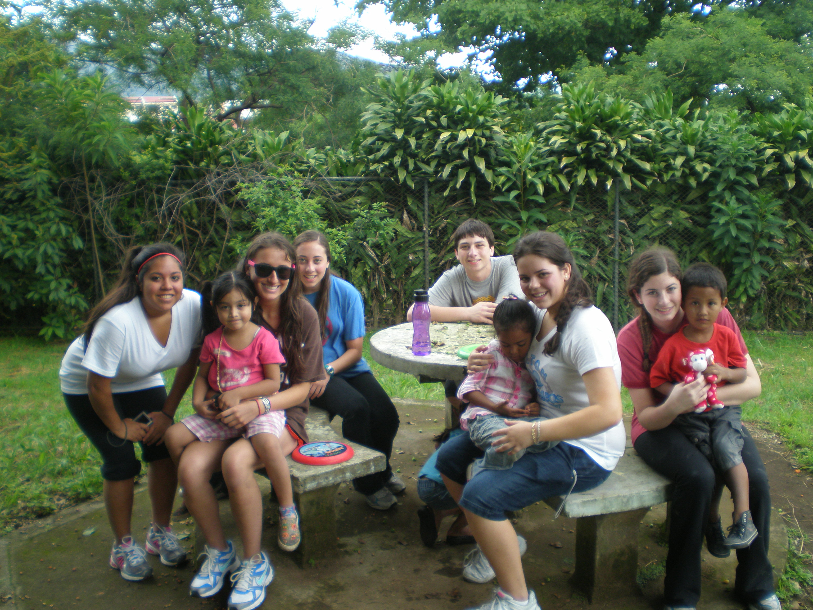 Hanging with the Kids - Costa Rica Community Service