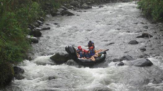 Ecuador Community Service